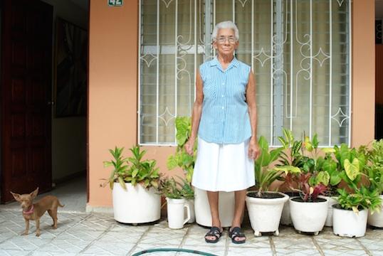 Doña Marta, Ni Aqui Ni Alla series, 2008. © Groana G. Melendez